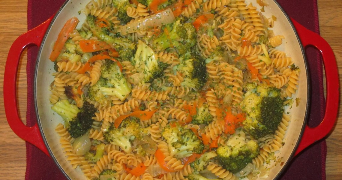broccoli chickpea pasta ready to eat
