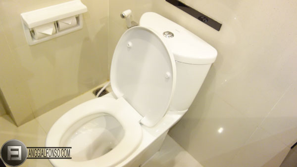 Toilet Grand Aston City Hall Medan