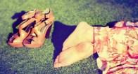 リラックス感たっぷり!今年の夏にはきたい大人っぽい旬顏サンダルとは?