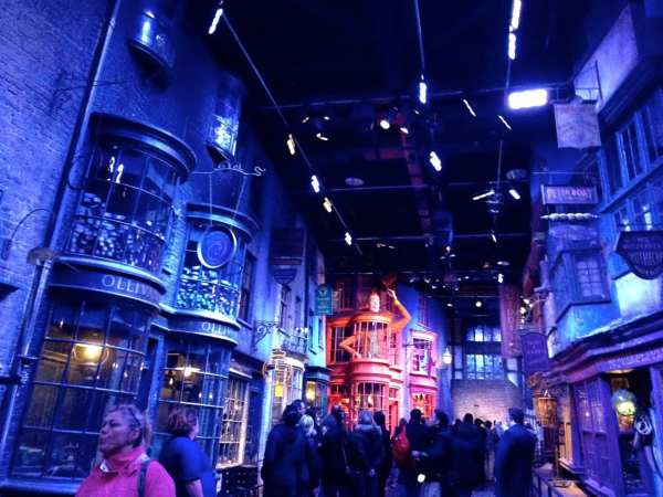 The Diagon Alley set is just as you might expect it to be. Tight quarters, a little dark and so detailed. Wonder if Diagon Alley at Universal Orlando will be similar?