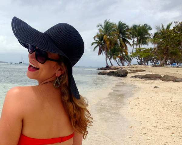 Bikini? Check. Floppy hat? Check!