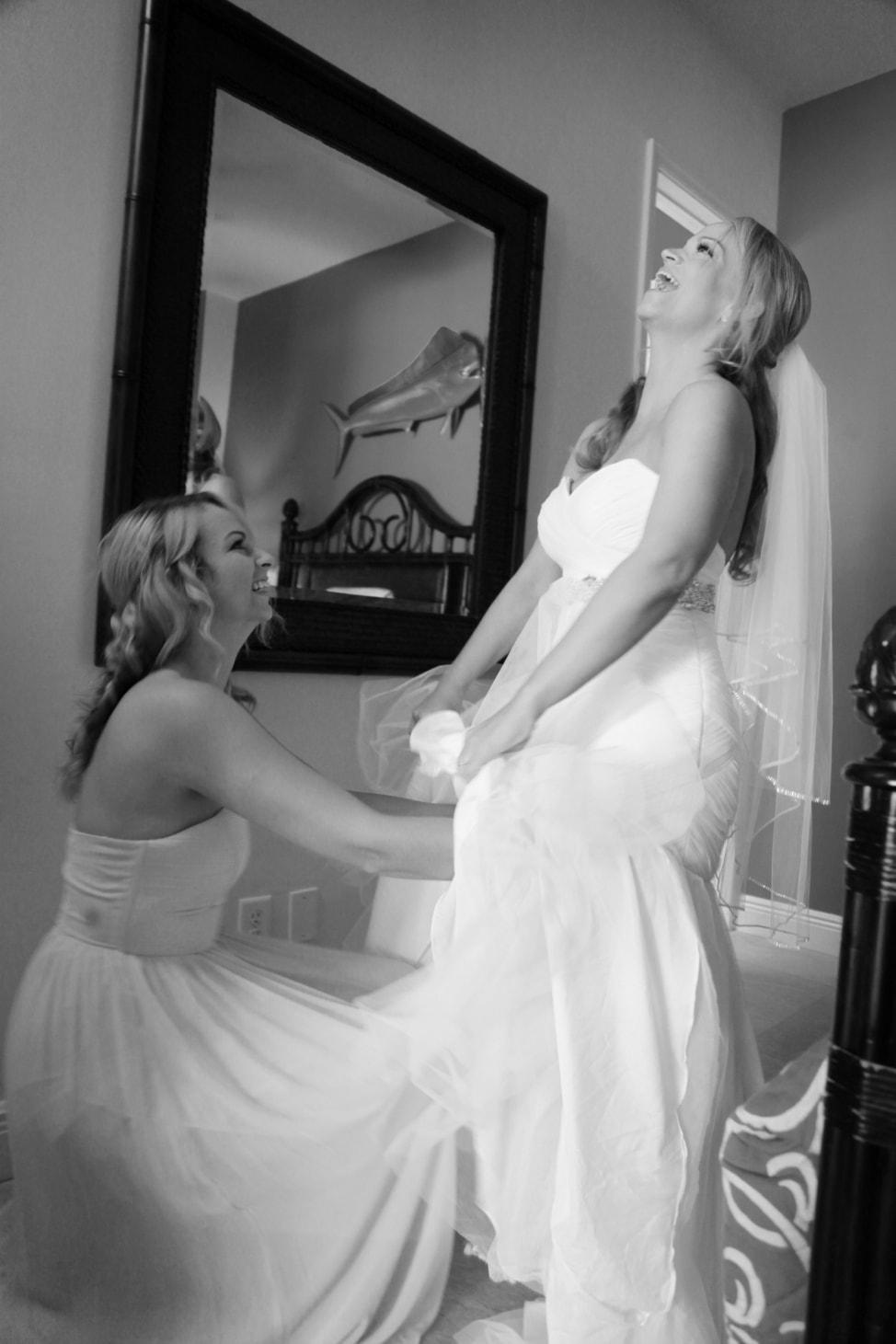angie-away-new-normoyle-destination-wedding-1-min