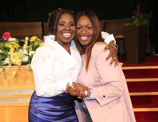 Angie-Greaves-and-Iyanla-Vanzant