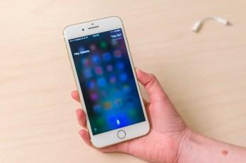 apple-iphone-7-review-malarie-siri-2-800x533-c