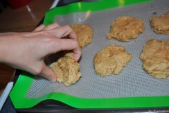First Batch of Cookies with Bakers Mat (4)