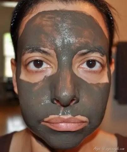 Dead Sea Mud Mask Wet (1)