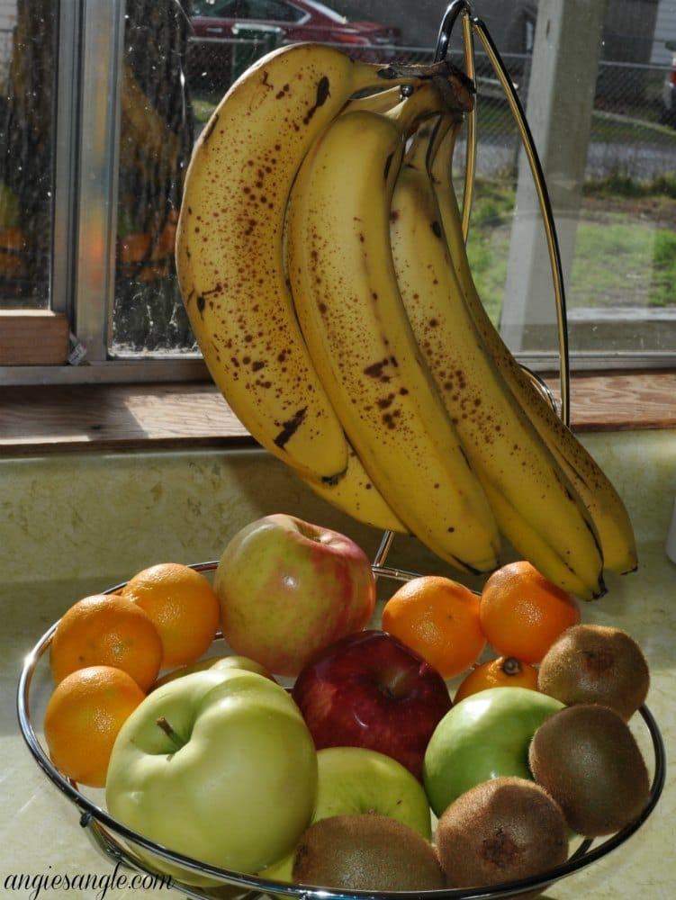 Fruit Basket with Banana Holder #HolidayGiftGuide