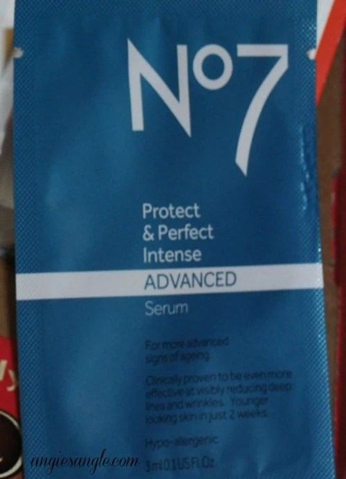 Boots No7 Protect and Perfect Intense Advanced