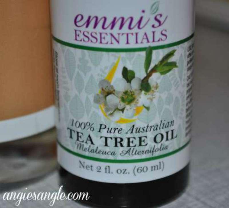 Australian Tea Tree Oil by Emmi's Essentials #Giveaway ends 9/12 #EETEATREEOIL