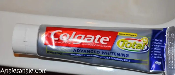 catch-the-moment-366-week-47-day-329-toothpaste