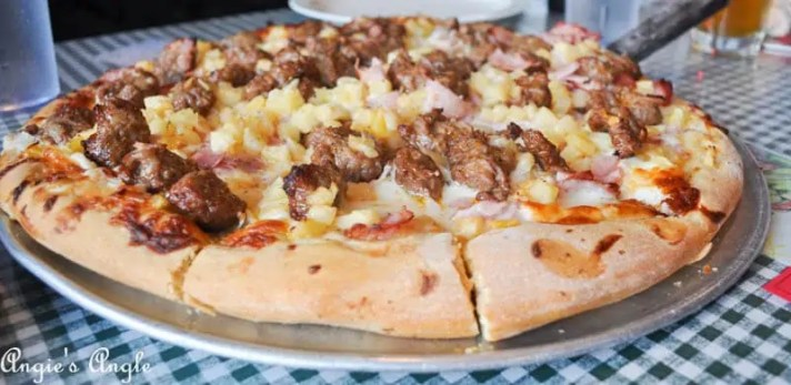 Best Pizza in the PNW (9 of 10)
