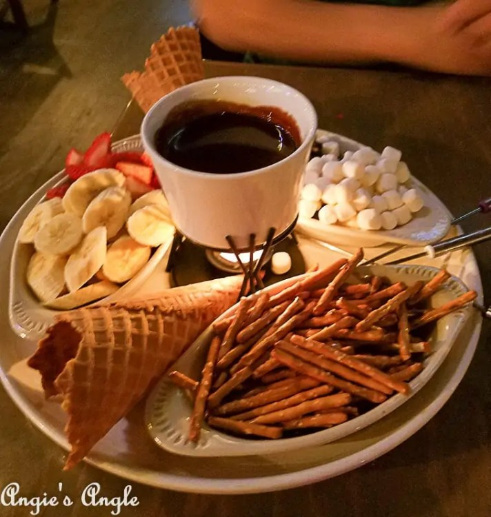 2018 Catch the Moment 365 Week 1 - Day 6 - Fondue