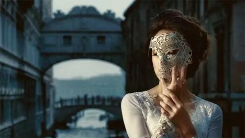 woman-mask
