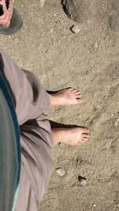 earthing barefoot