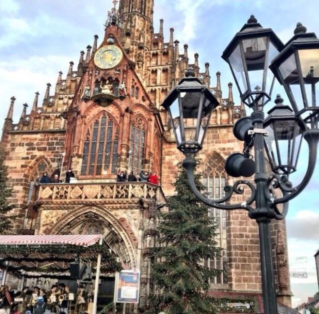 Nuernberger Christmas market, Frauenkirche