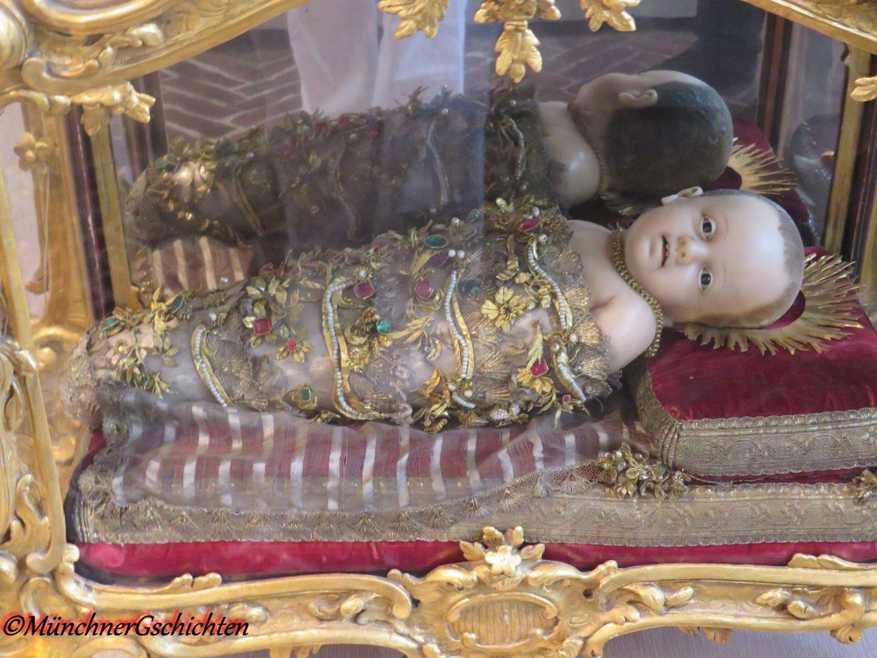 Munich Christmas miracle, Baby Jesus