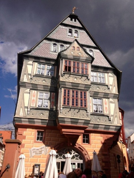 Miltenberg Der Riesen, oldest Restaurant and Hotel in  Germany