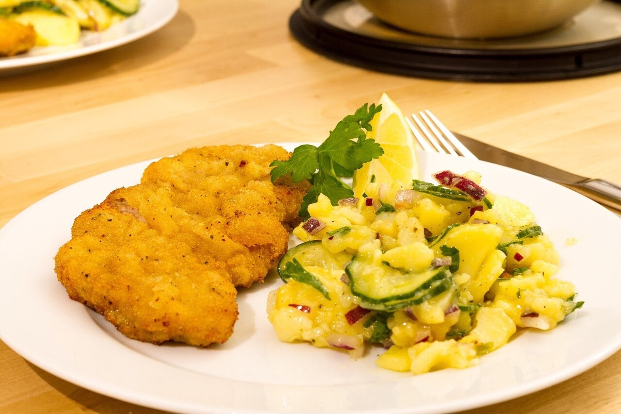 Schnitzel with potato salat