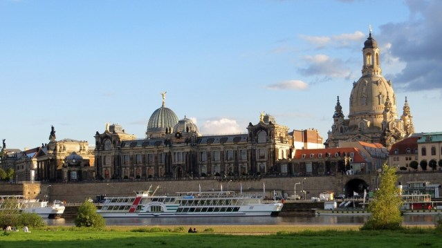 Elbe river, Dresden Tour boats