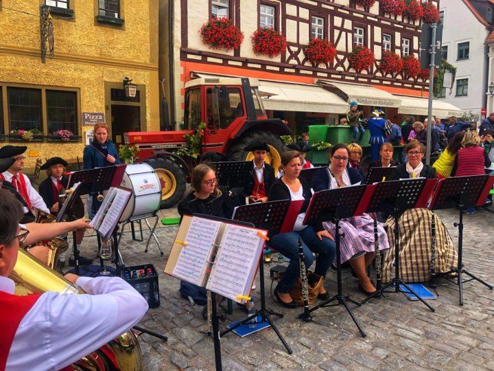 Volkach Wein festival Band