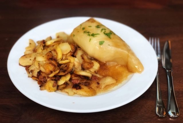 German Cabbage Rolls, Home fries, Krautwickel