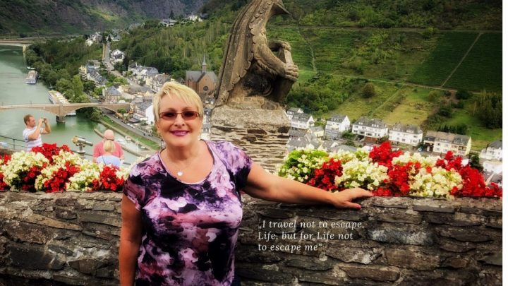 Angie with AngiesWeb Bio, Cochem castle view to Mosel