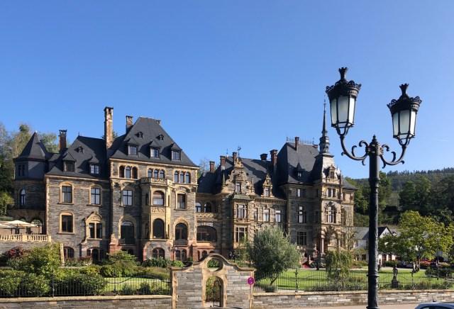 Lieser Castle, Mosel