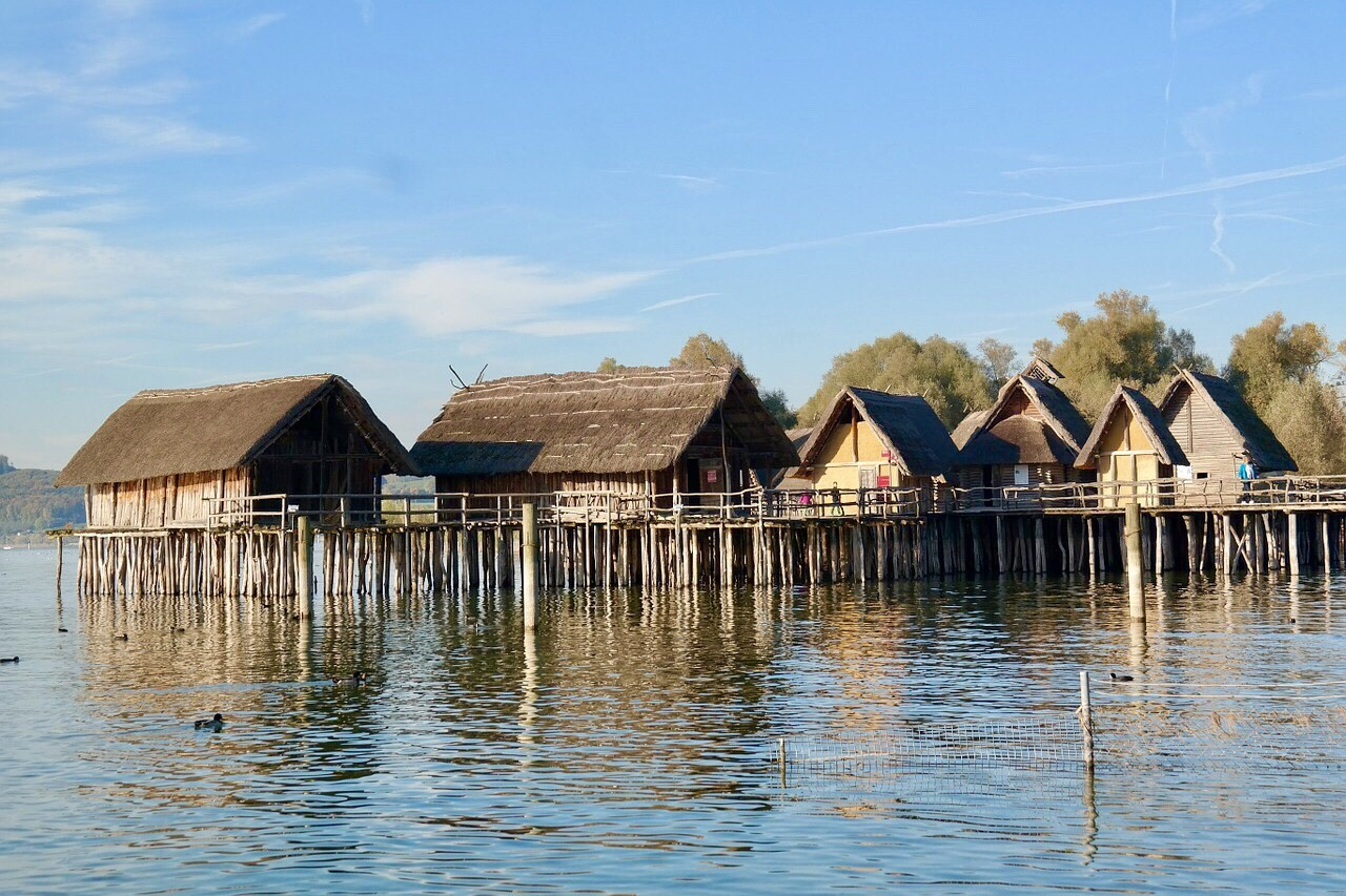 Pfahlbauten Bodensee, wooden huts on stakes