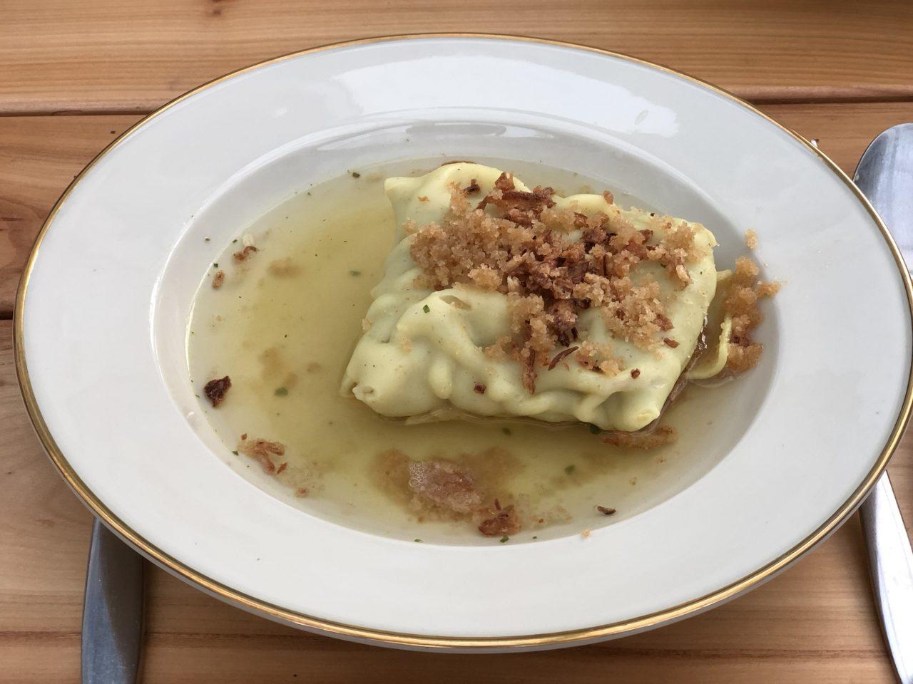 Swabian dish, Maultaschen on a Plate3