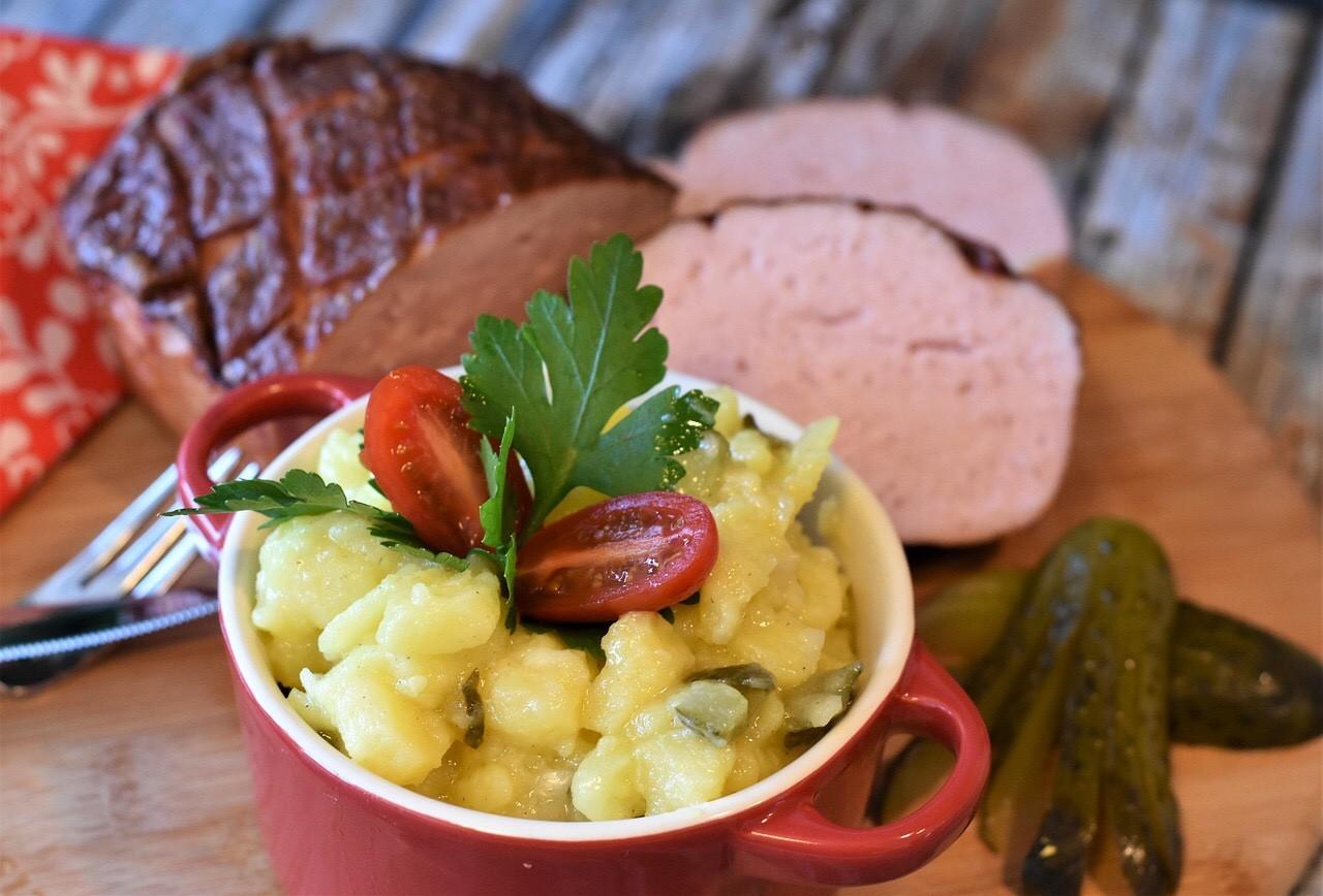 Leberkaese, Fleischäse with potato salad