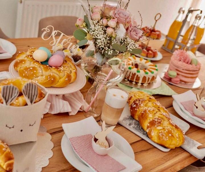 Easter breakfast, Hefezopf, Easter bread