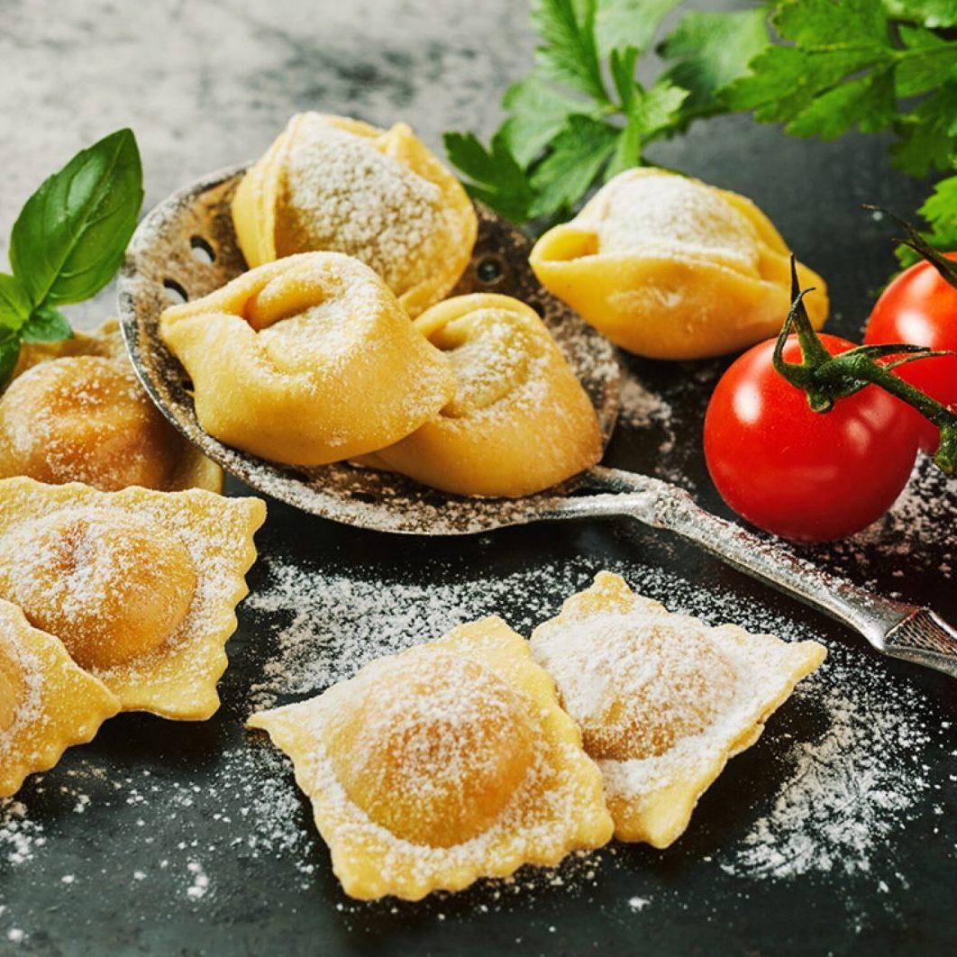 Cheese tortellini, Ravioli