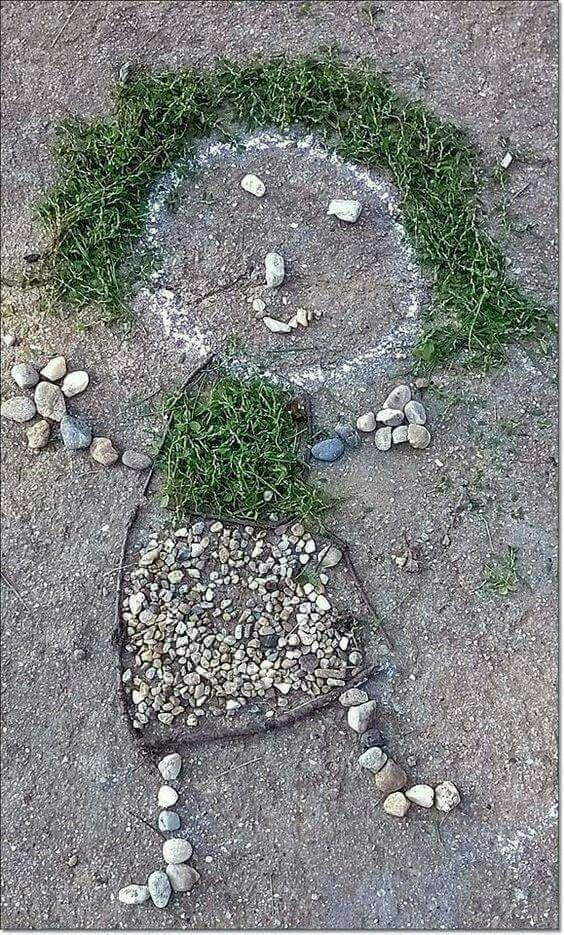 creativity in the woods, stones and leaves