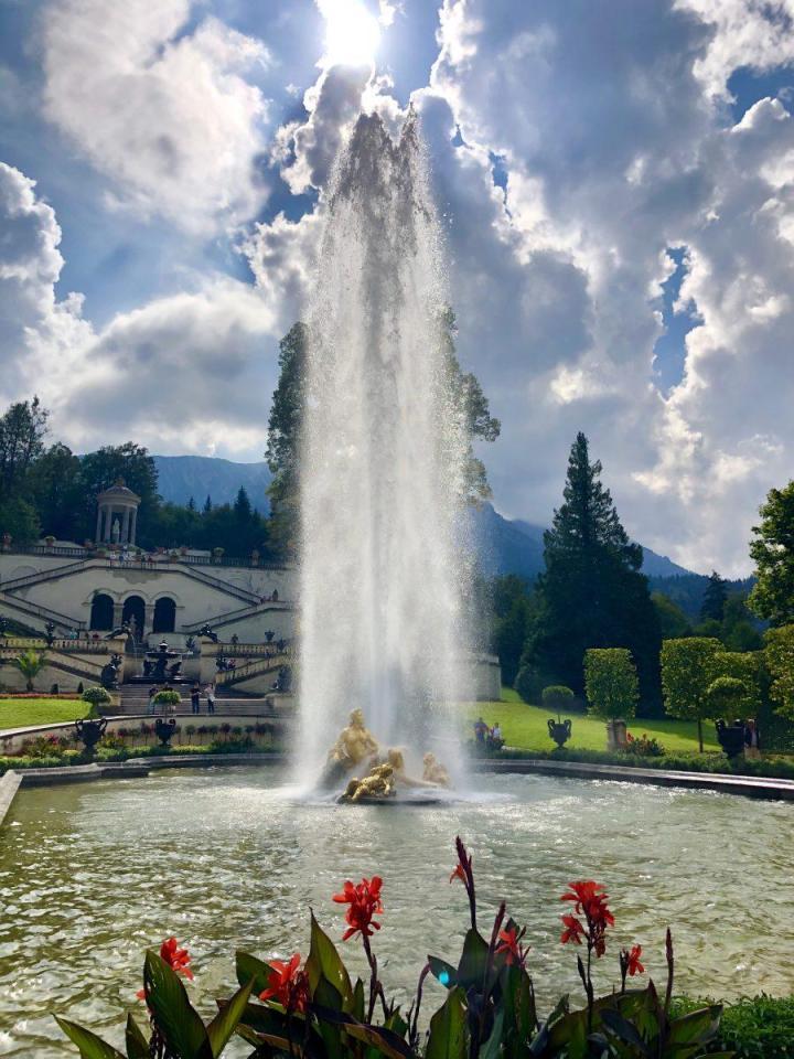 Linderhof fountain