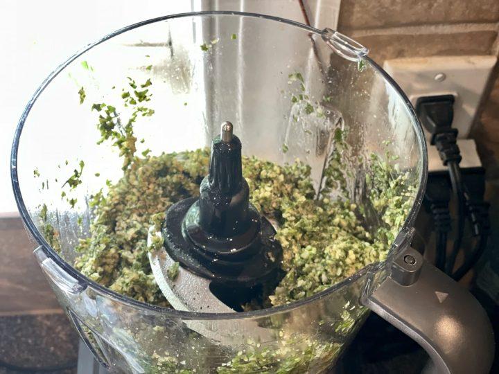 Pesto preparation