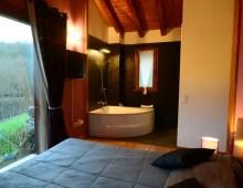 Jacuzzi y un baño más en la Casa Angiz