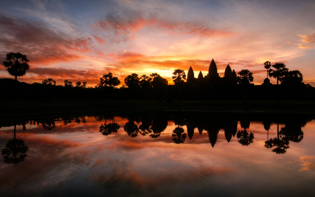 The Angkor Wat Sunrise: A Crowded Conundrum