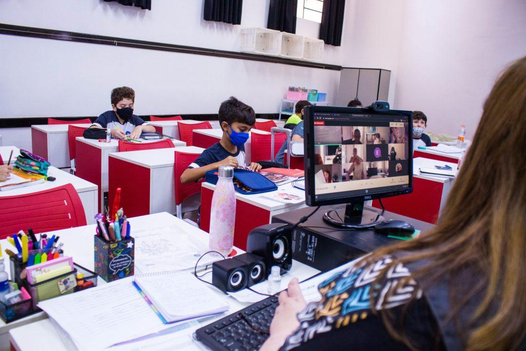 Sala de Aula no Ensino Hibrido