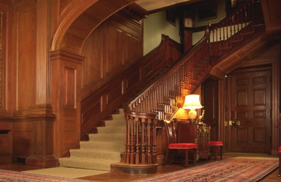 carters-grove-staircase