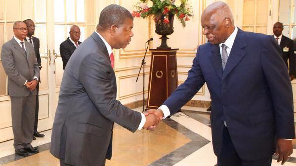 Cisão pública entre Lourenço e dos Santos vai afectar o MPLA - analista