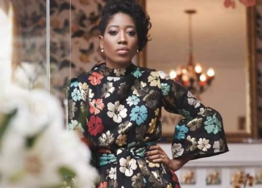 """Soraya da Piedade eleita """"Lenda da Moda Africana 2017"""" nos África Fashion Awards nos Camarões"""