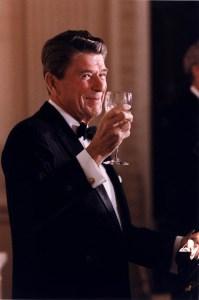 Reagan_toasting