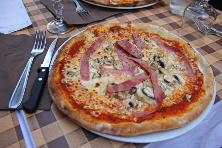 Pizzeria Pepone (Paris, France) 1