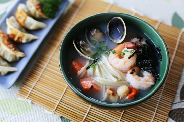 Seafood Udon Wide