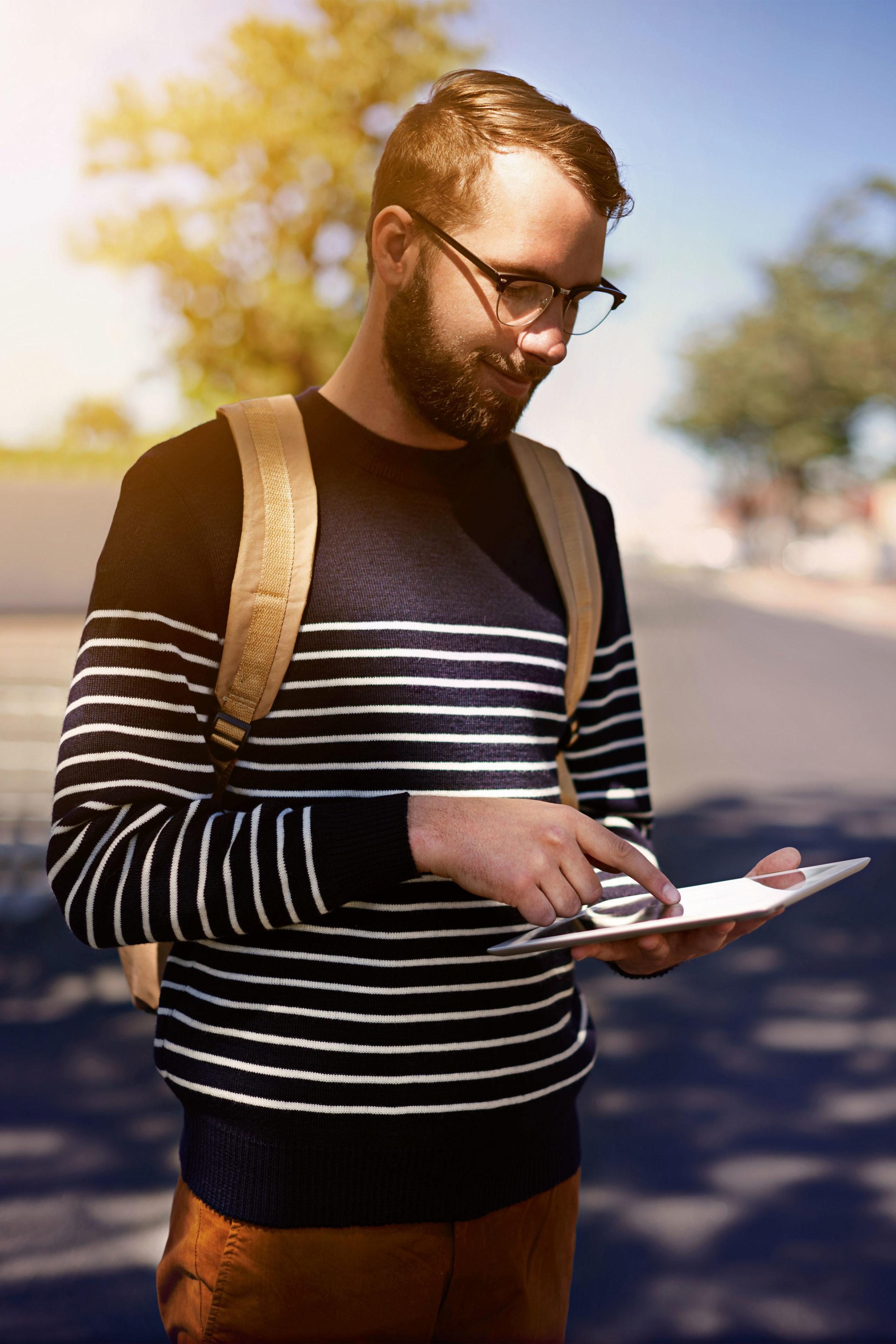Wer möchte, behält mit dem Web-Budgetplaner auch unterwegs per Smartphone oder Tablet stets den Überblick über die eigenen Finanzen - Online-Haushaltsbücher