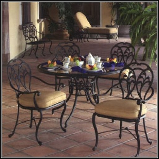 Cast Aluminum Patio Furniture Winter
