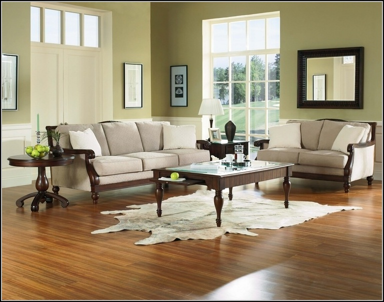 Living Room Chairs Design