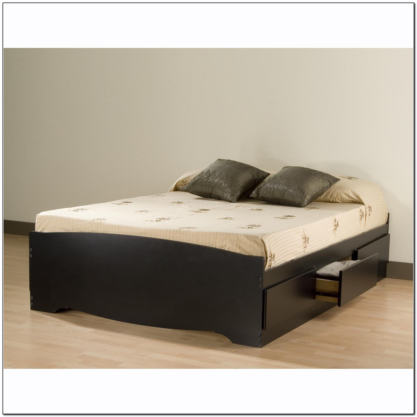 Platform Bed With Storage
