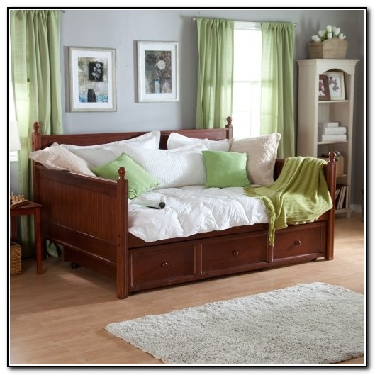 Fashion Bed Group Casey Daybed With Trundle