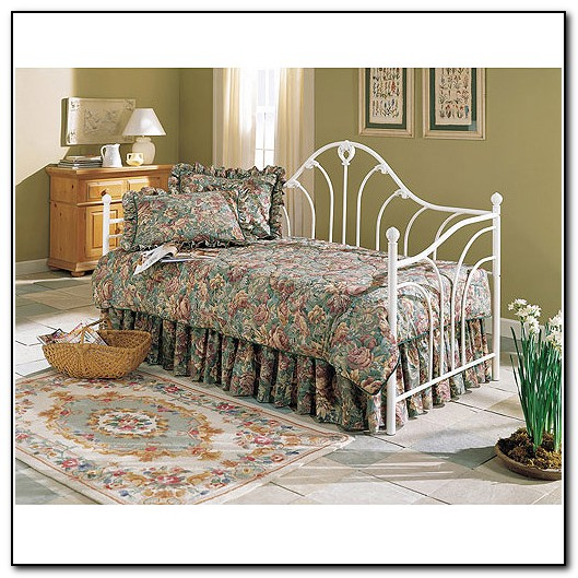 Fashion Bed Group Furniture